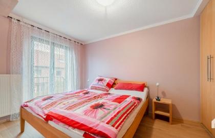 Deutschland, Nordrhein-Westfalen, Herne, 5 Rooms Rooms,2 BathroomsBathrooms,Reihenmittelhaus,VERKAUF,1050